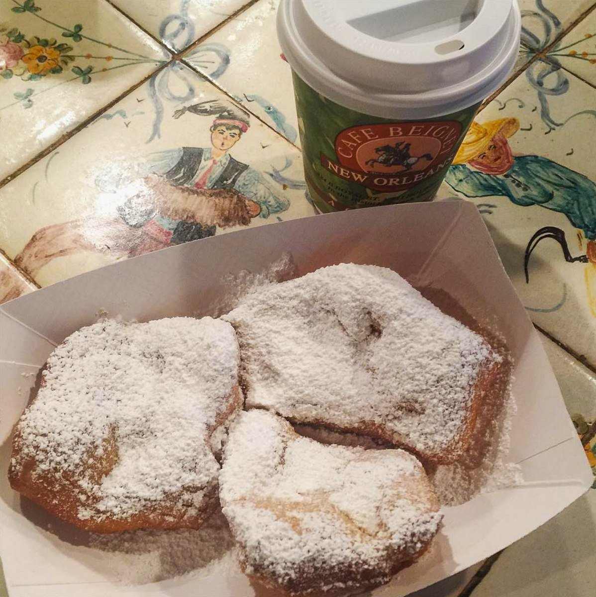 Made-to-order beignets at Cafe Beignet