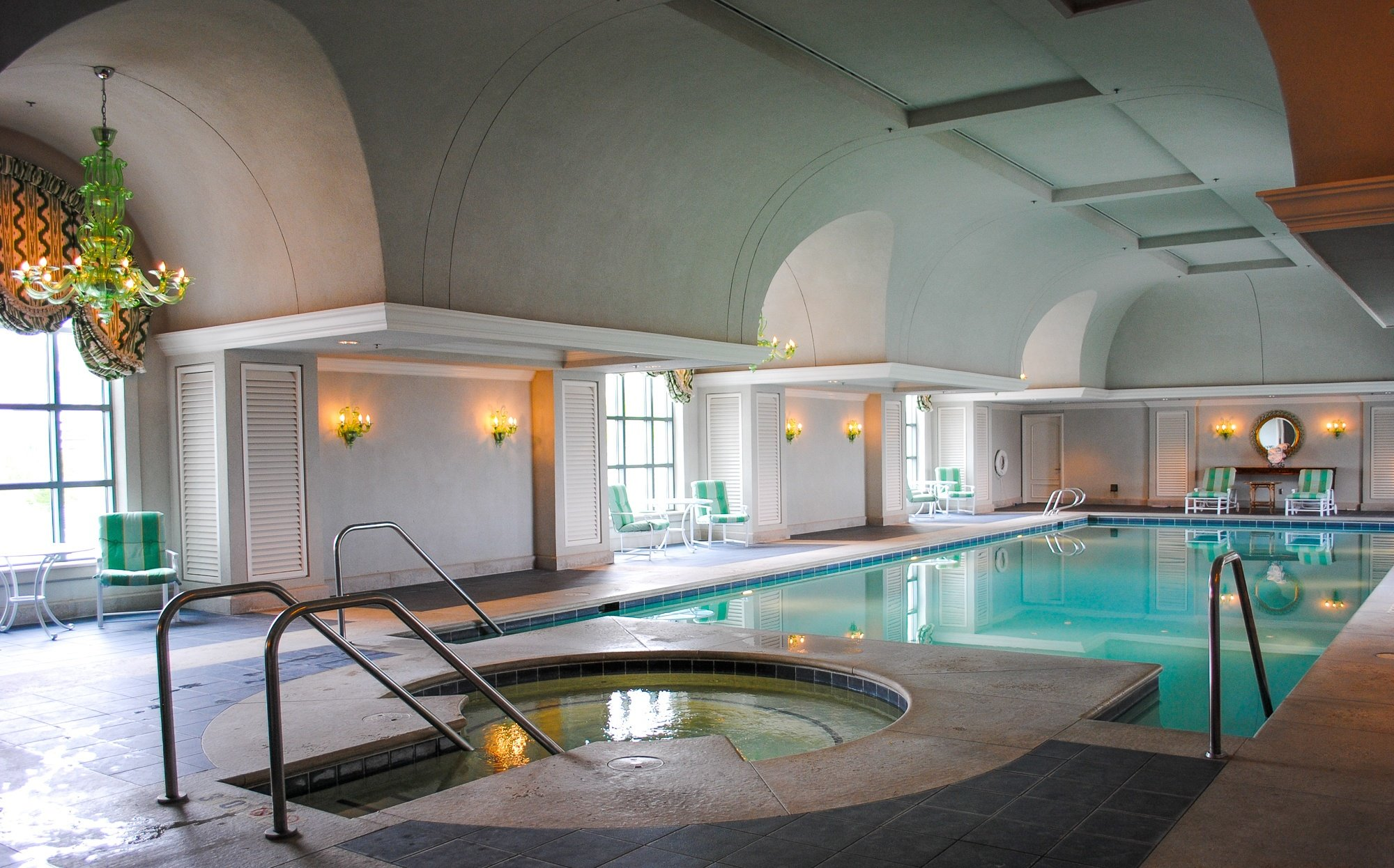 The indoor Grand Spa and Salon pool