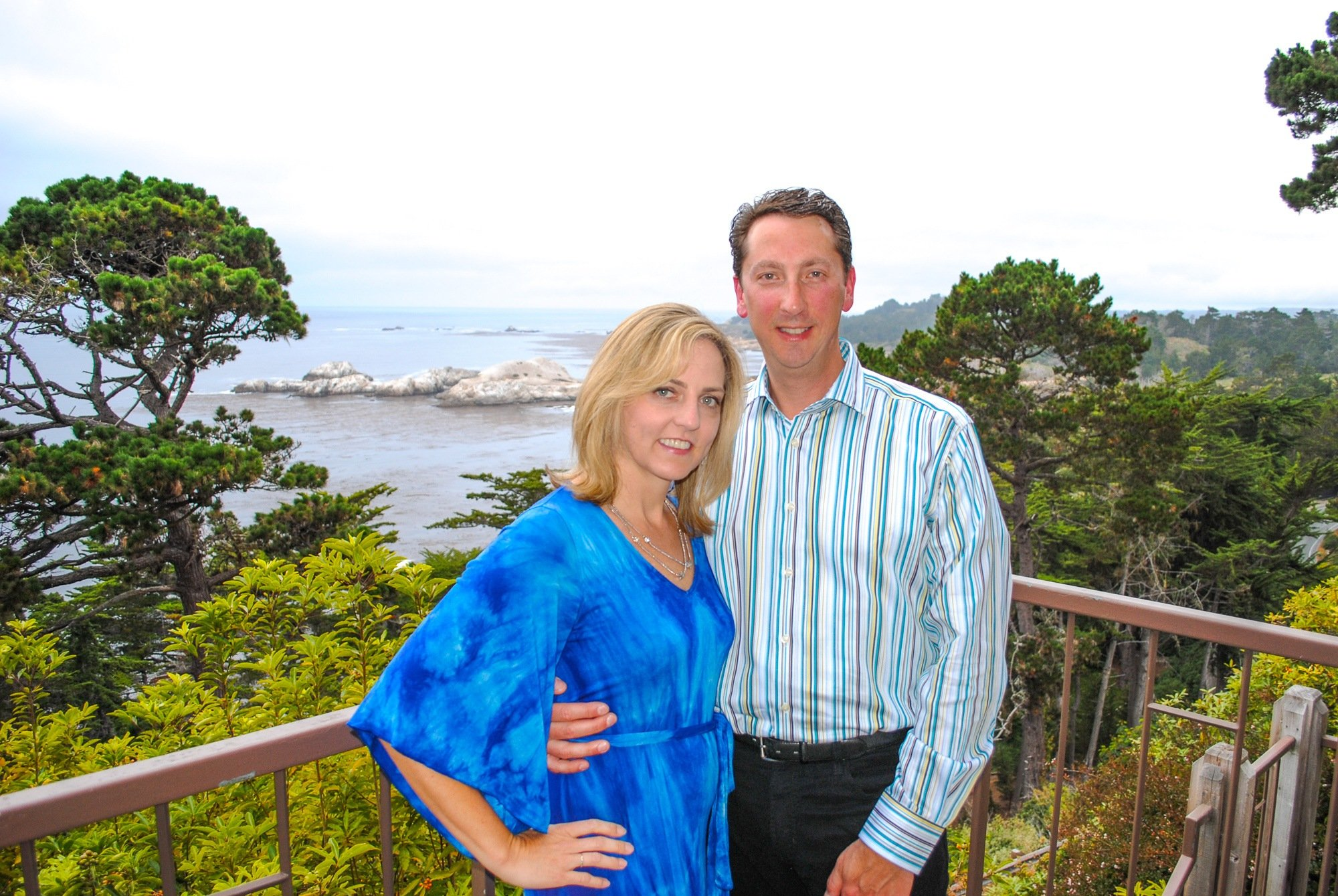 Couple on a romantic date at the Pacific's Edge Restaurant at Hyatt Carmel Highlands