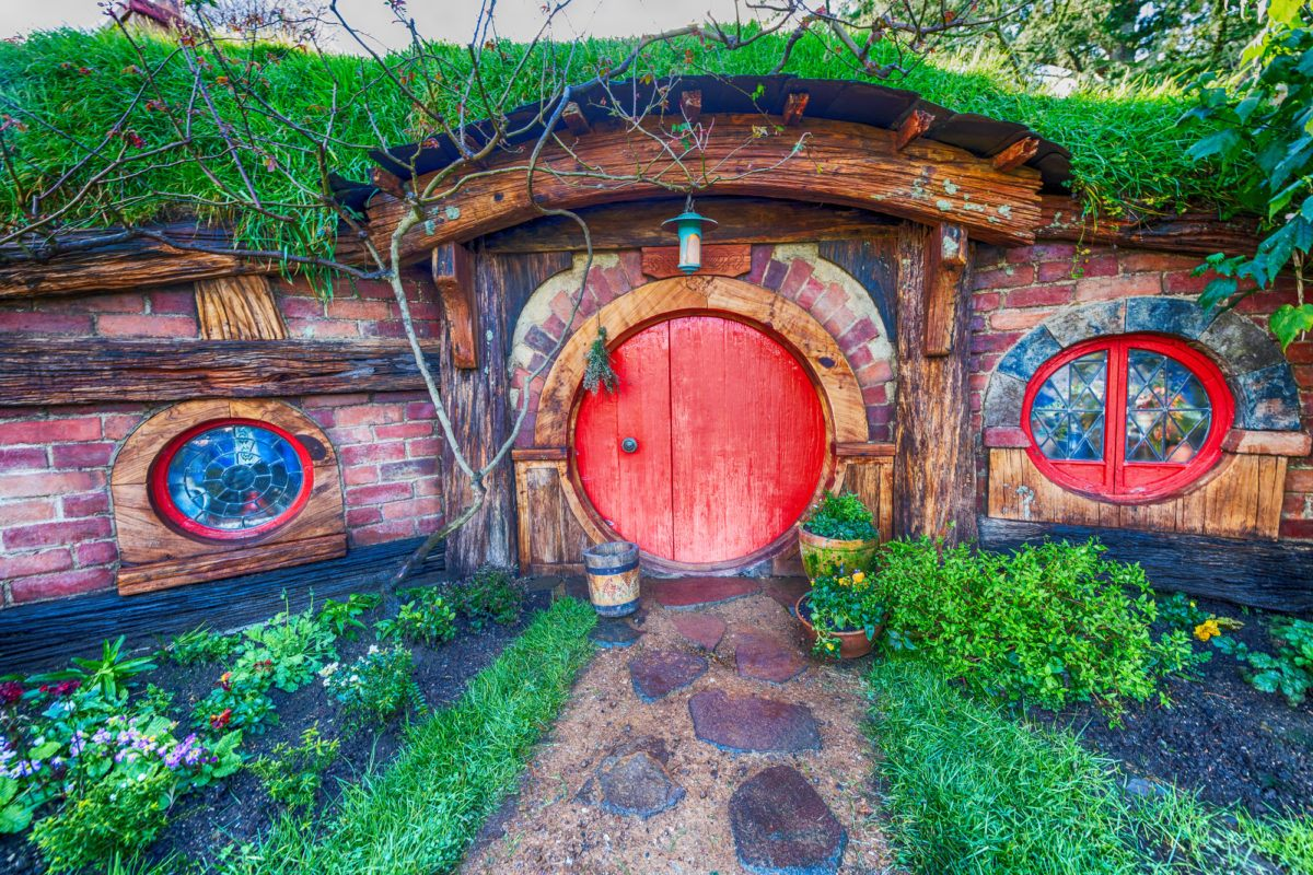 Hobbiton movie set for Lord of the Rings