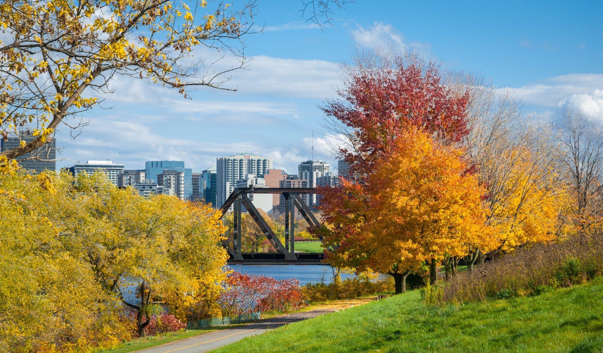 Prince of Wales Bridge and Ottawa River in Ottawa in Fall