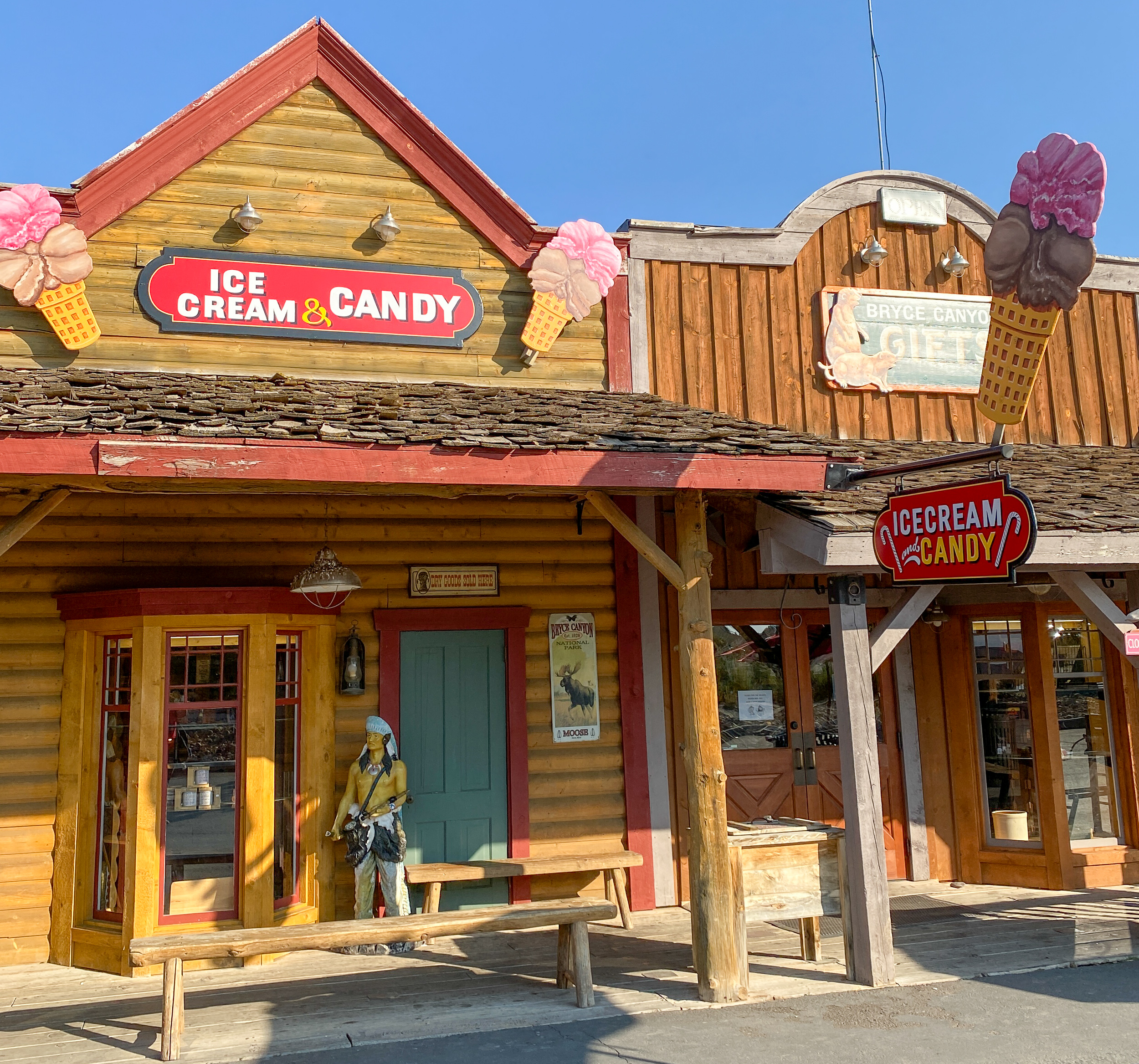 Ruby's Inn near Bryce Canyon National Park offers shopping, dining and more