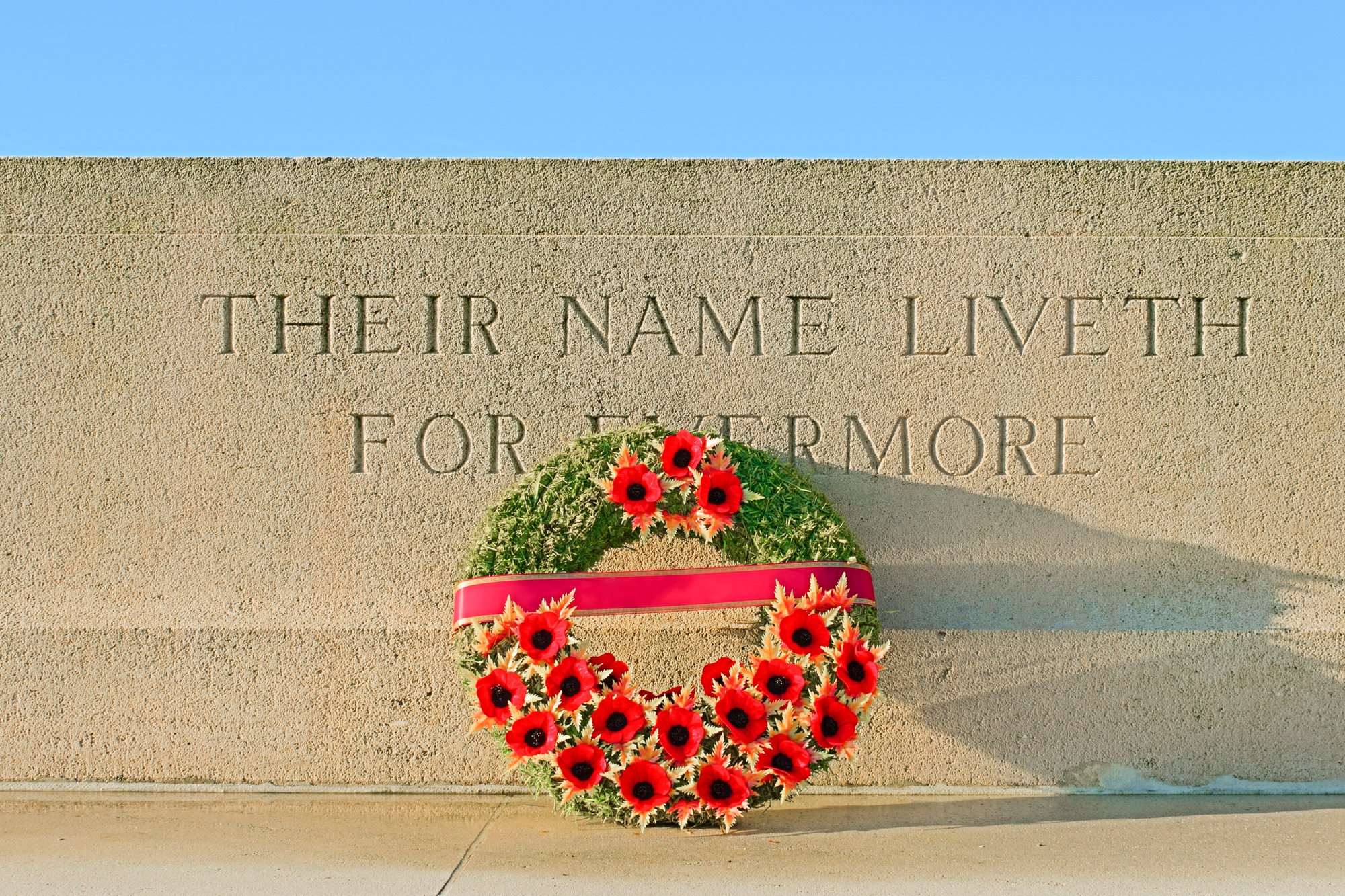 Monument of World War I with wreath of poppies