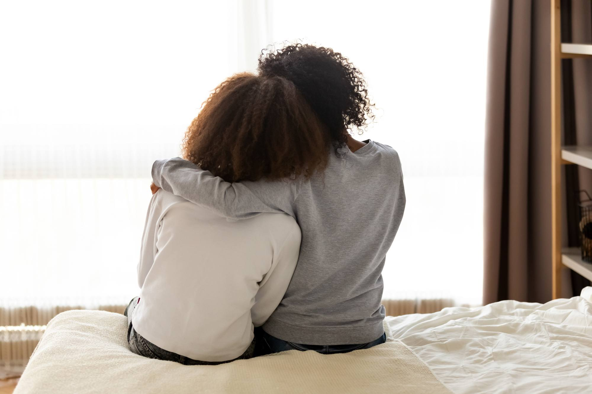 Use these tips to improve your mother-daughter relationship with your tween