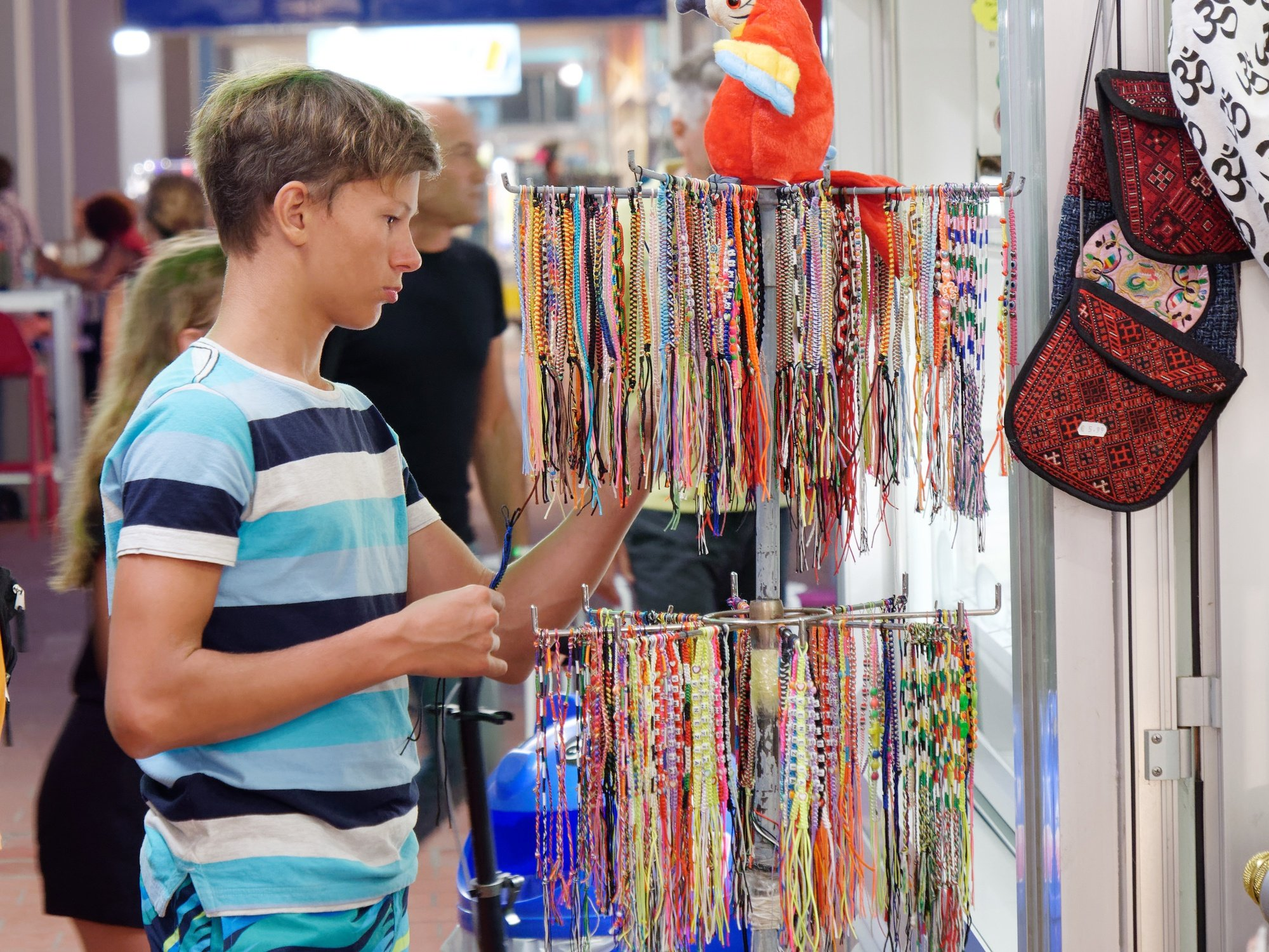 Souvenir hunting is fun for tweens and teens