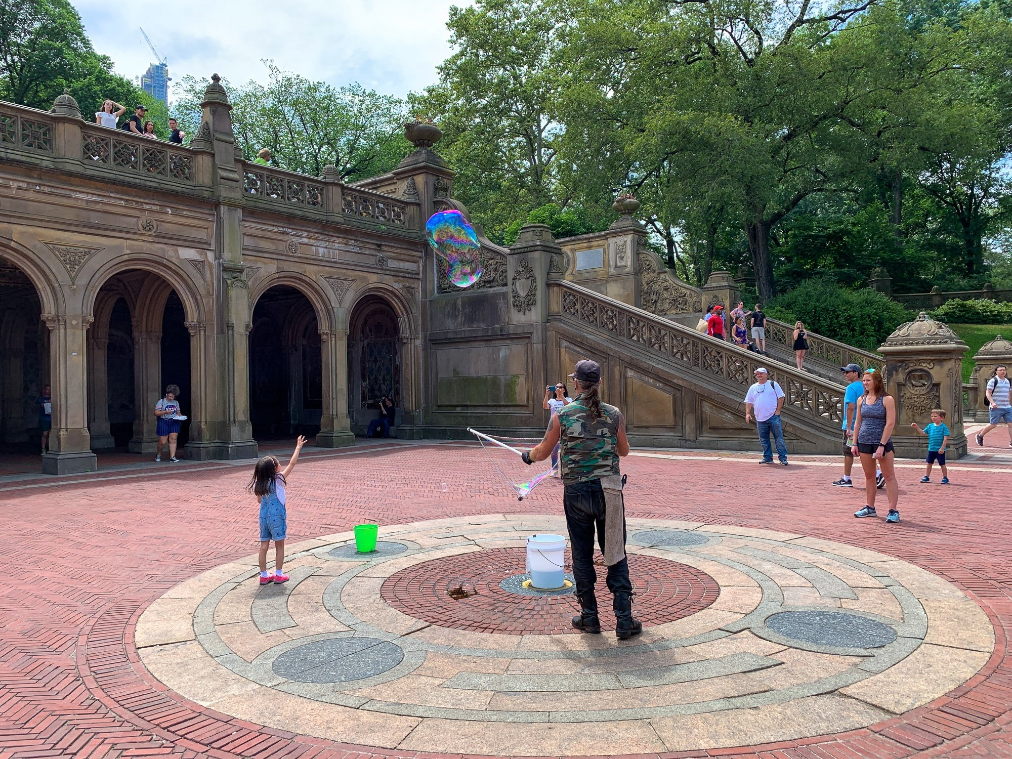 Bubble maker in Central Park with kids