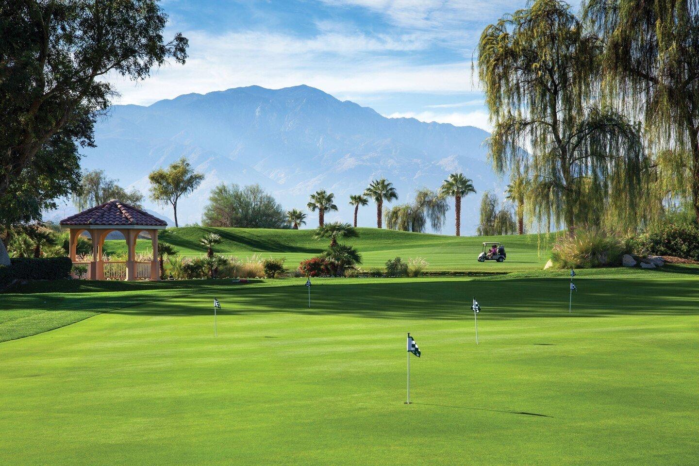 Marriott Shadow Ridge putting green in Palm Desert