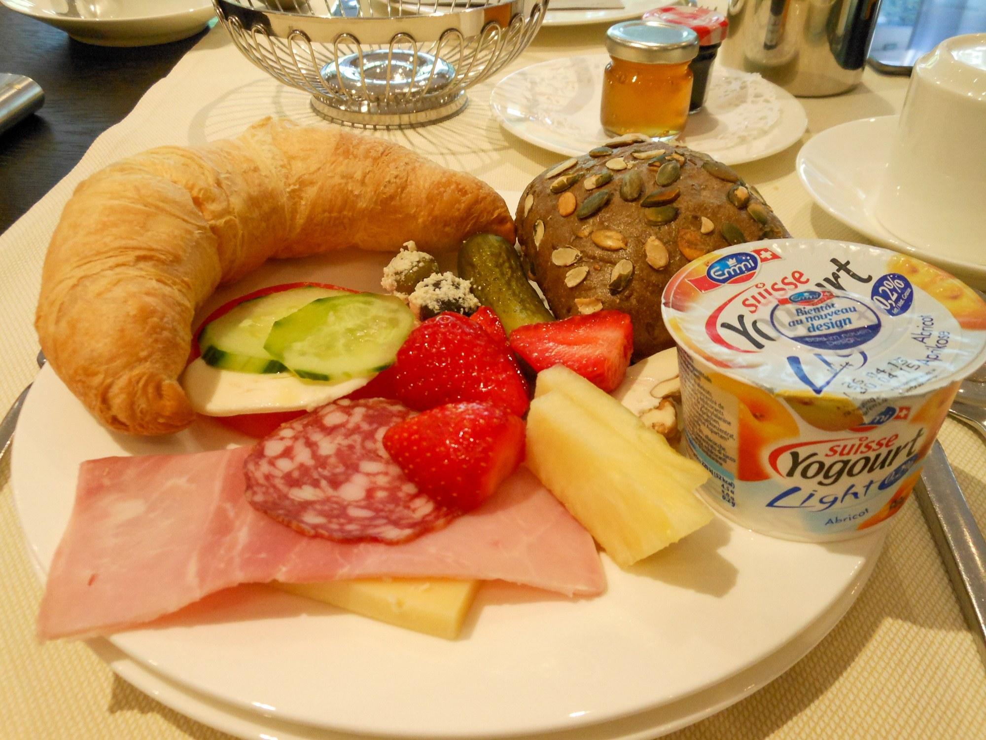 Breakfast at Hotel Steinenschanze