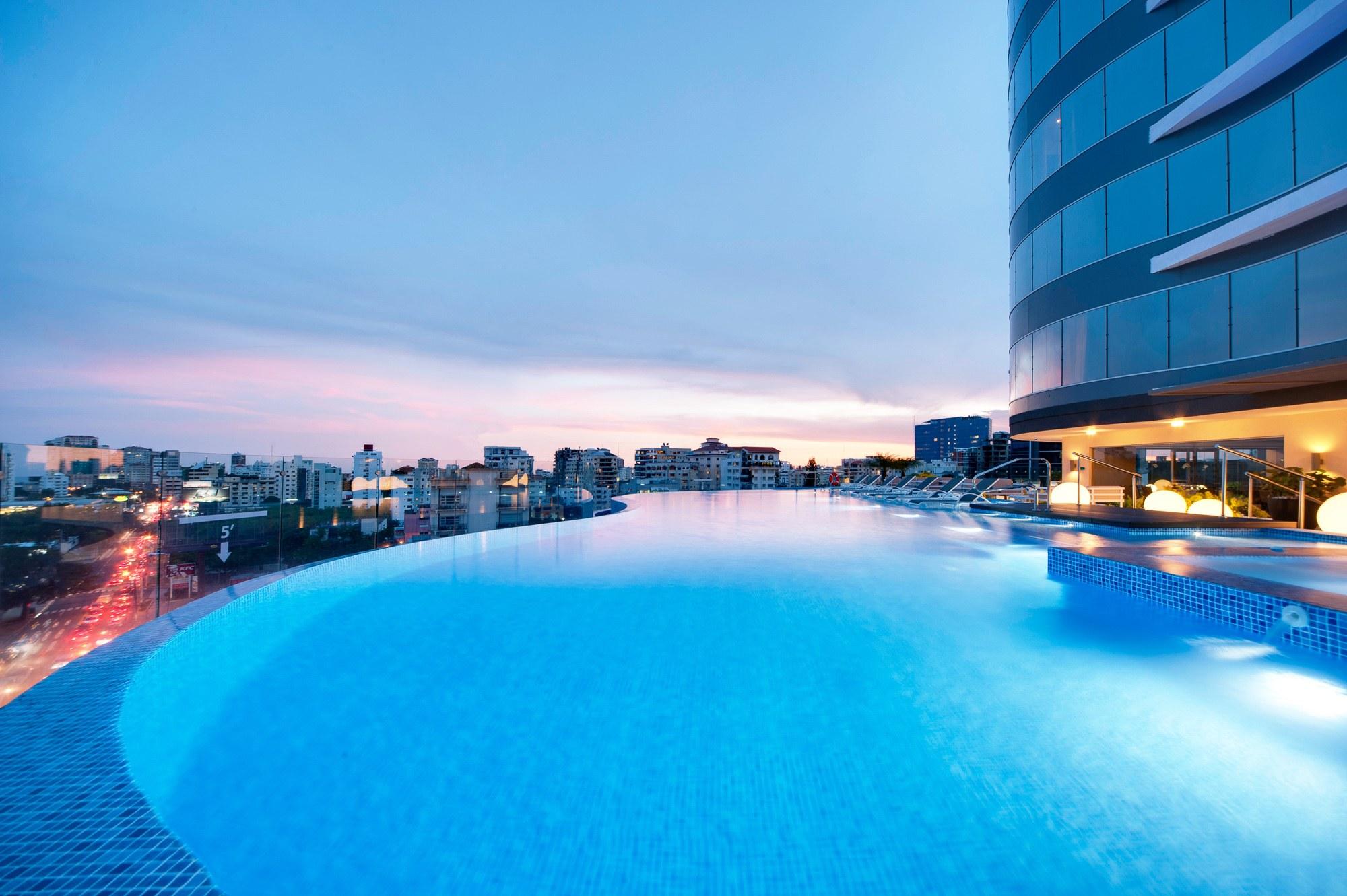 Embassy Suites by Hilton Santo Domingo Pool
