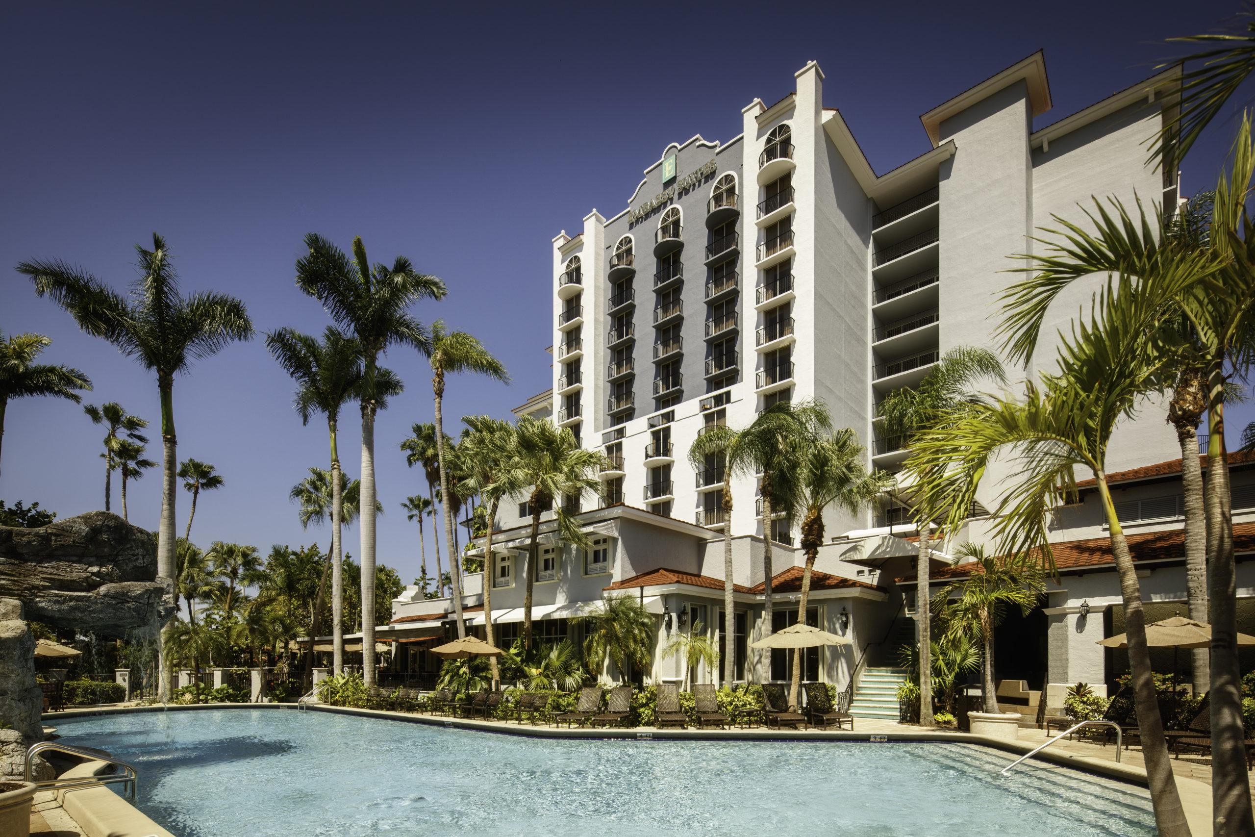 Embassy Suites Fort Lauderdale 17th Street Pool