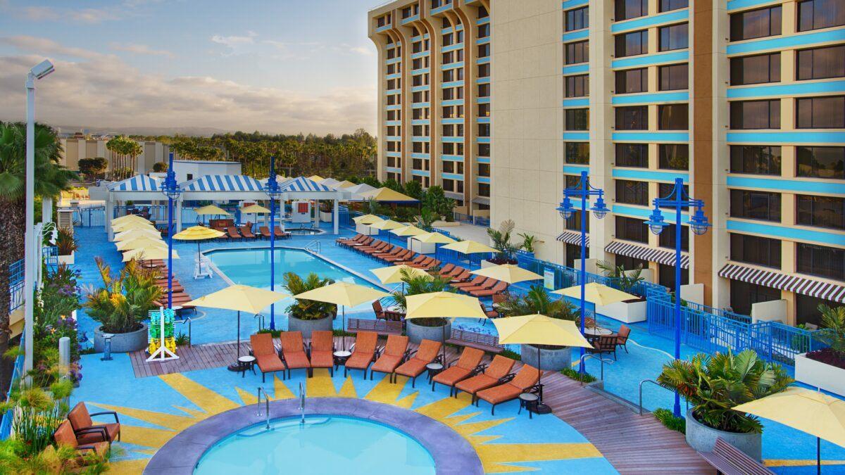 Disney's Paradise Pier Hotel pool