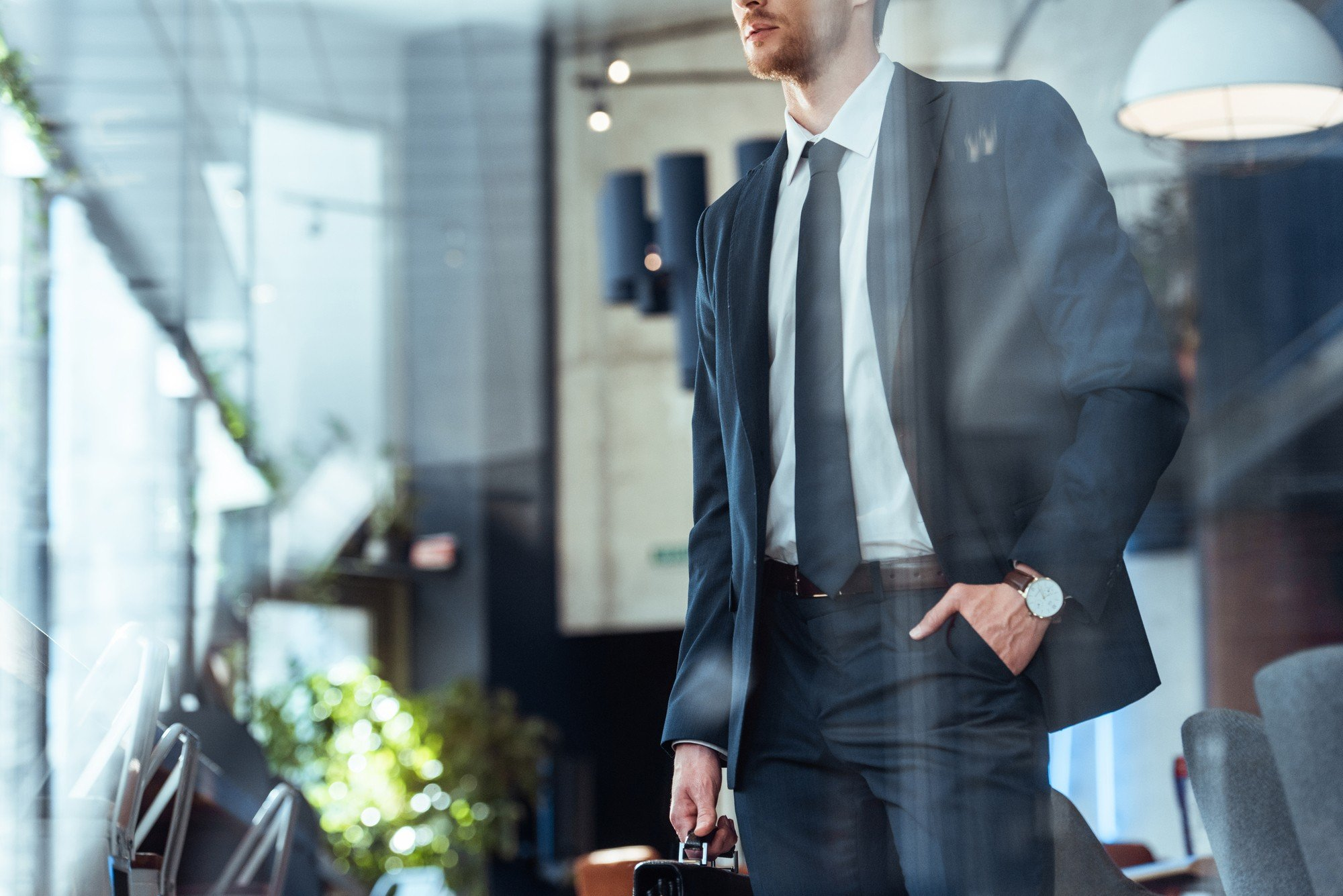 Dress to impress on your business trips
