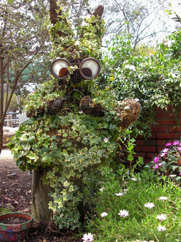 A living sculpture in the Seeds of Wonder Children's Garden