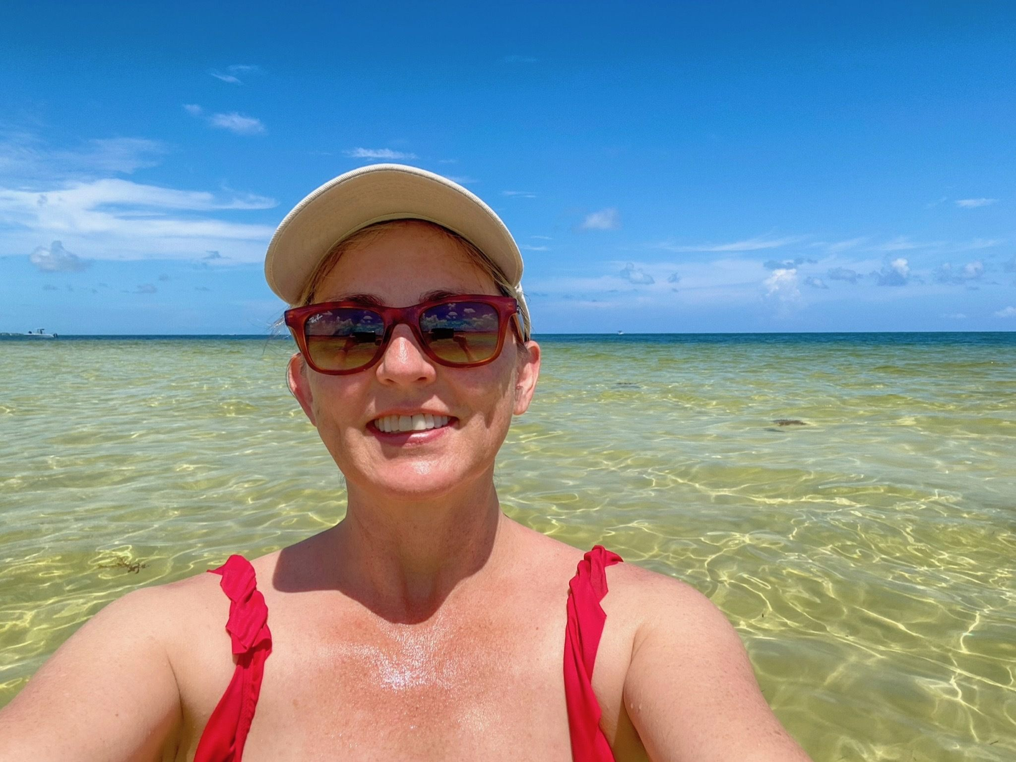 Sandbar boat tour with Solé Watersports in Duck Key, Florida