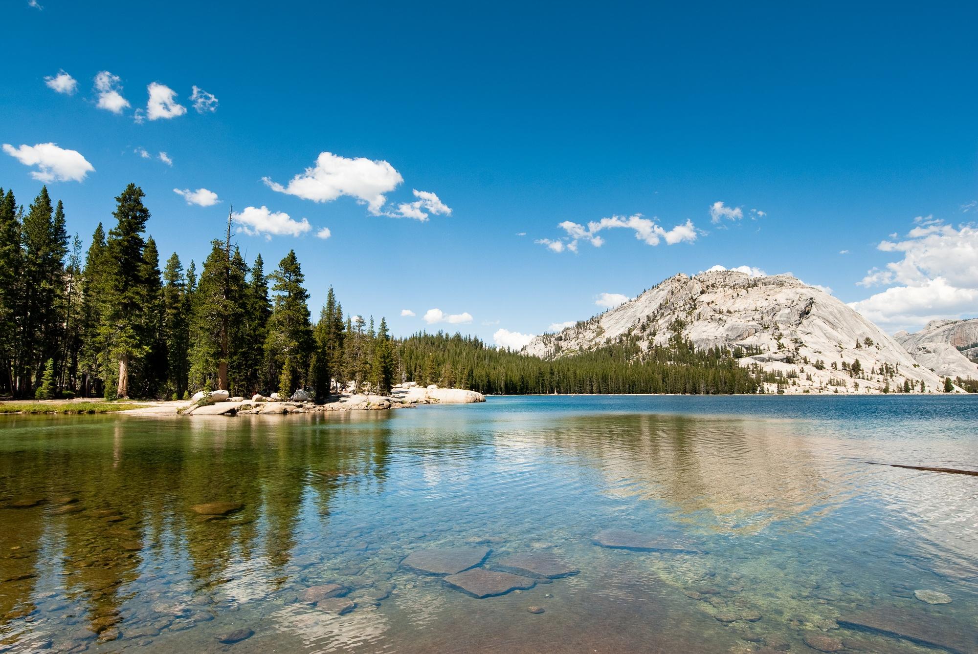 Tenaya Lake in Yosemite